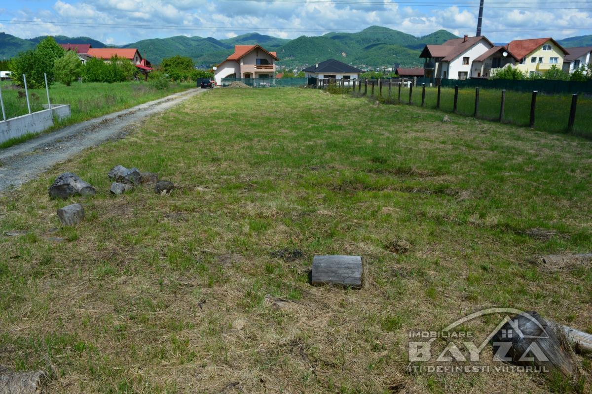 Pret: 2.150 EURO, Vanzare teren, zona Mihai Eminescu - Dealul Grosului