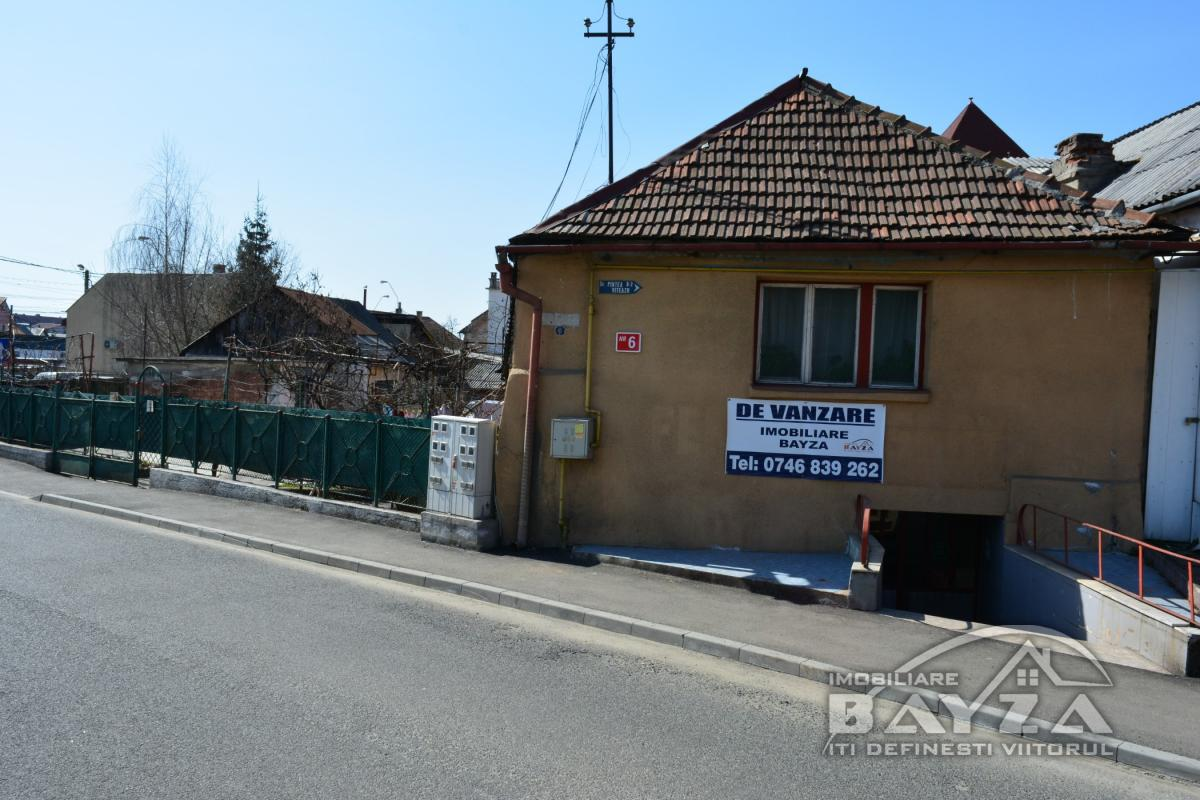 Pret: 49.500 EURO, Vanzare apartament 1 camere, zona Piata Agroalimentara
