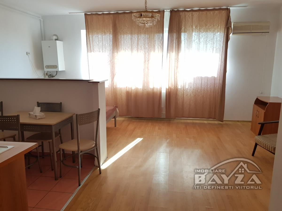 Pret: 35.500 EURO, Vanzare apartament 1 camere, zona Bulevardul Republicii