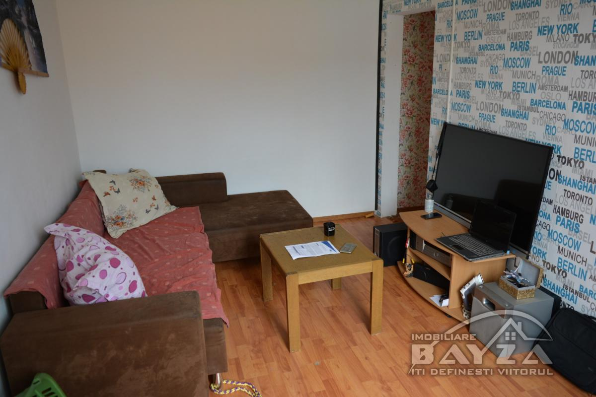 Pret: 31.000 EURO, Vanzare apartament 2 camere, zona Rapsodiei