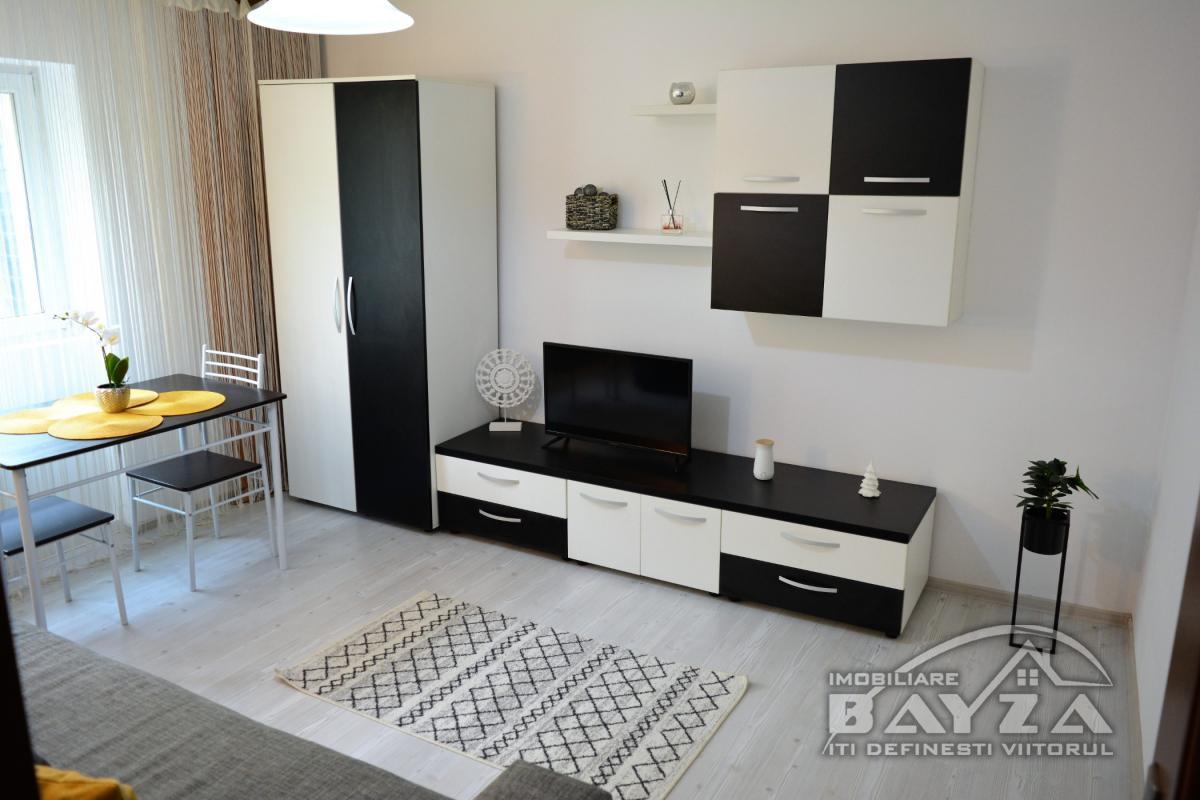 Pret: 57.500 EURO, Vanzare apartament 2 camere, zona Gheorghe Bilascu