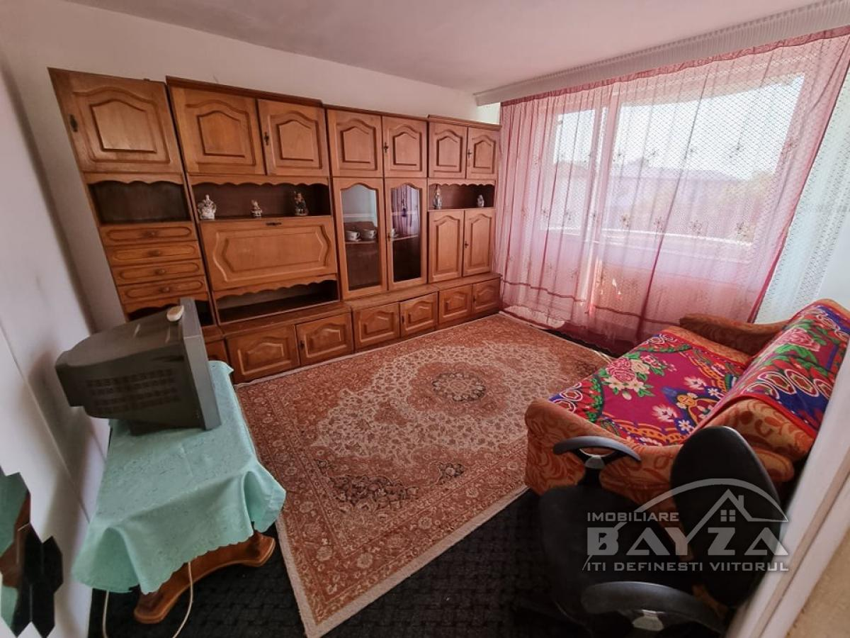Pret: 48.500 EURO, Vanzare apartament 2 camere, zona George Cosbuc - Spital Judetean