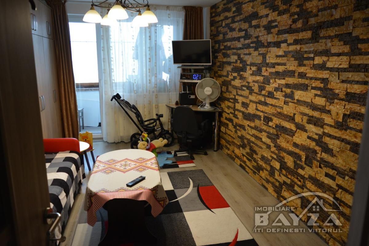 Pret: 53.000 EURO, Vanzare apartament 2 camere, zona Bulevardul Traian