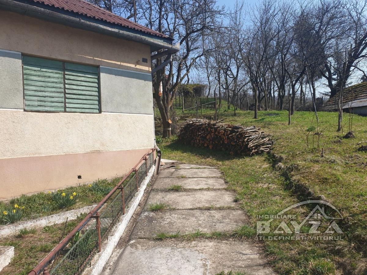 Pret: 50.000 EURO, Vanzare casa 2 camere, zona Baia Sprie