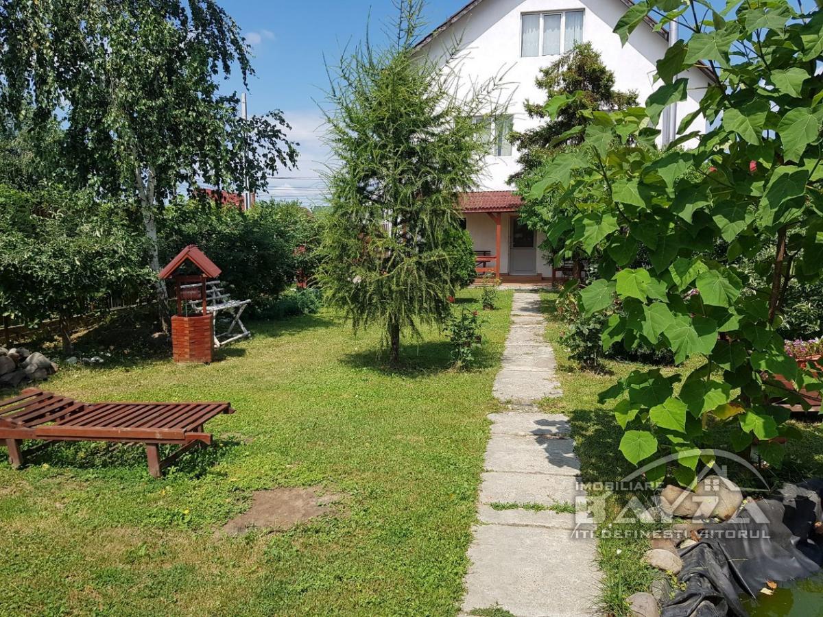 Pret: 86000 EURO, Vanzare casa 5 camere, zona Satu Nou de Jos