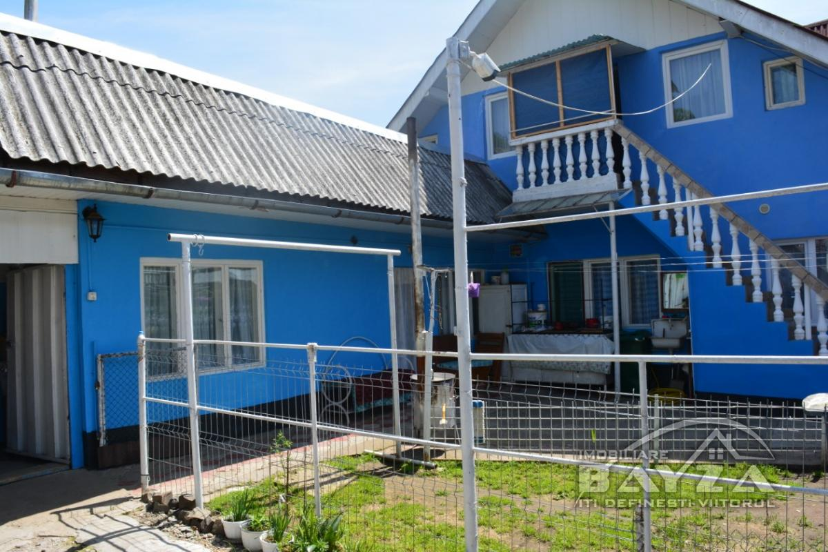 Pret: 72000 EURO, Vanzare casa 5 camere, zona Baia Sprie