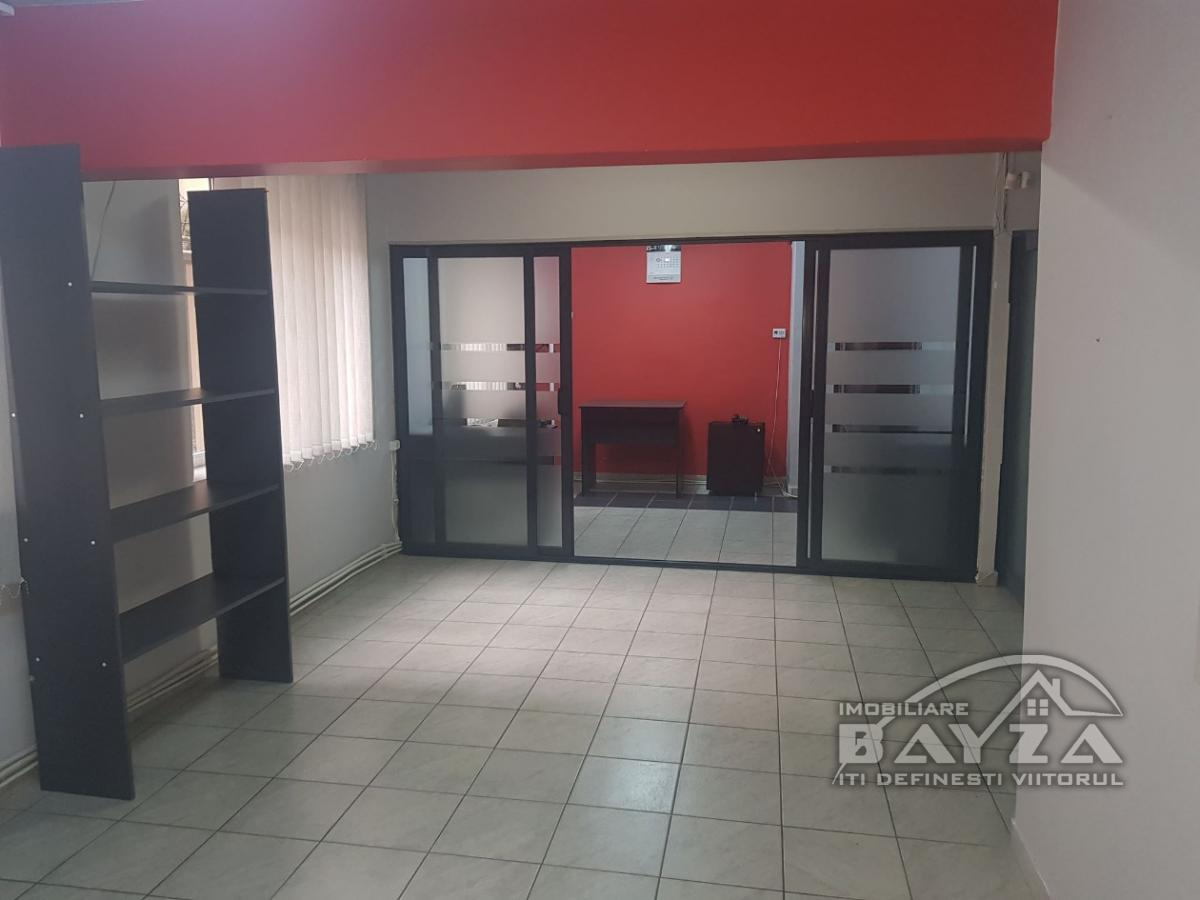 Pret: 550 EURO, Inchiriere spatiu / hala industriala, zona Transilvaniei