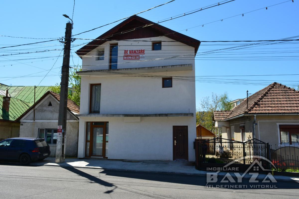 Pret: 52000 EURO, Vanzare casa 3 camere, zona Baia Sprie