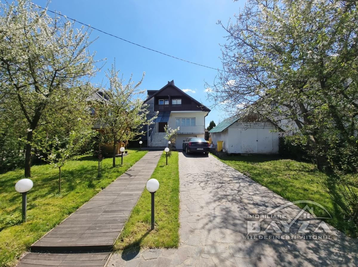 Pret: 150.000 EURO, Vanzare casa 5 camere, zona Satu Nou de Jos