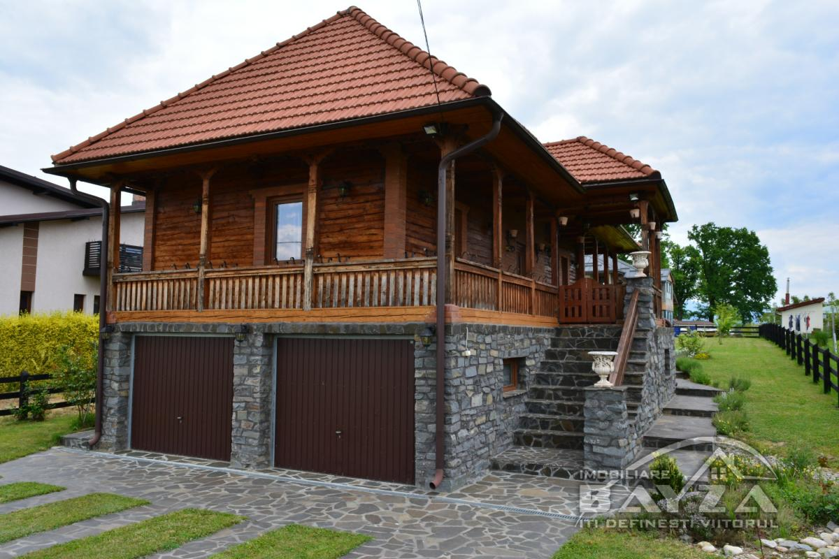 Pret: 140.000 EURO, Vanzare casa 5 camere, zona Lapusel