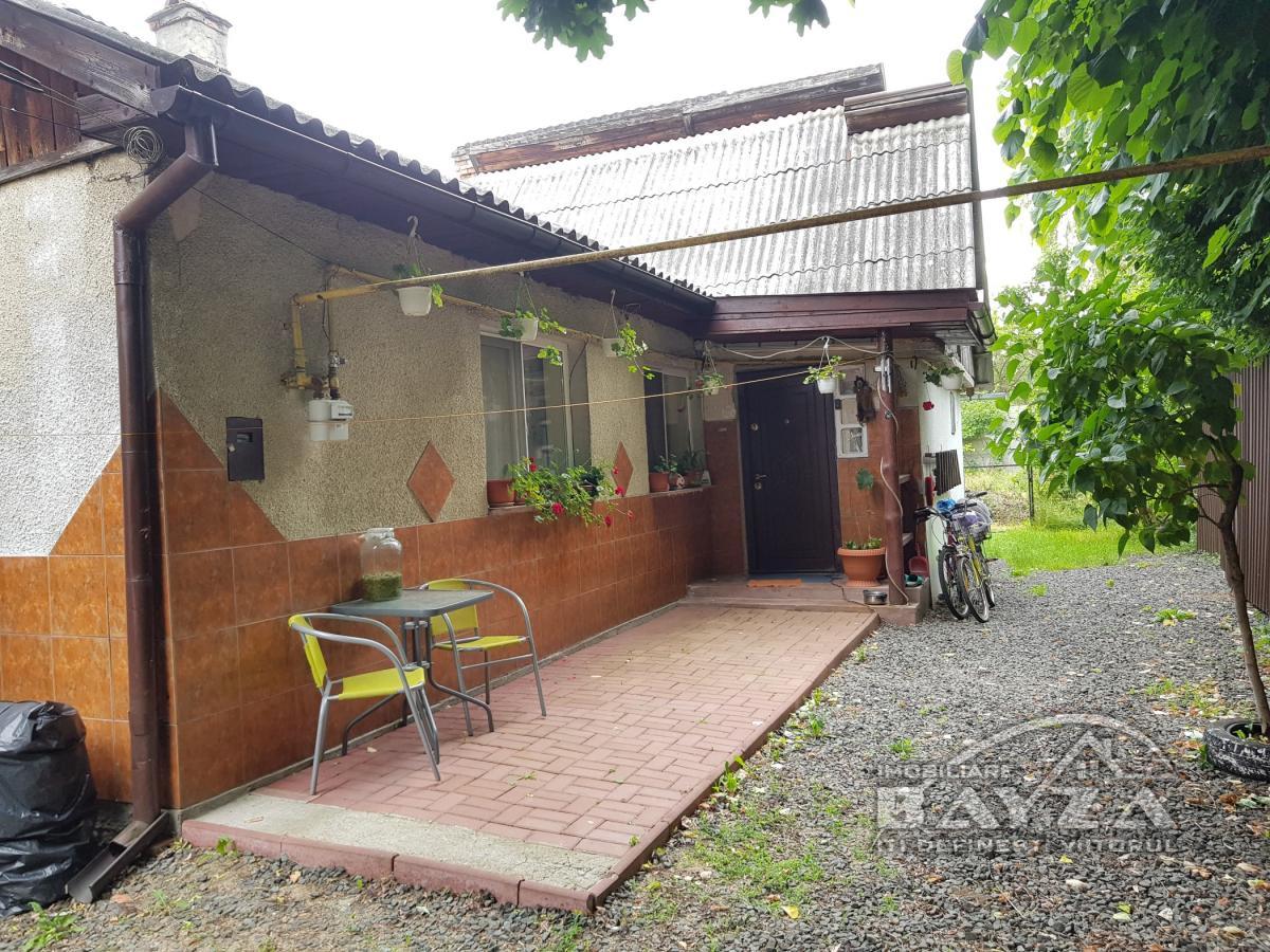 Pret: 65.000 EURO, Vanzare casa 2 camere, zona Mihai Eminescu - Baia Mare