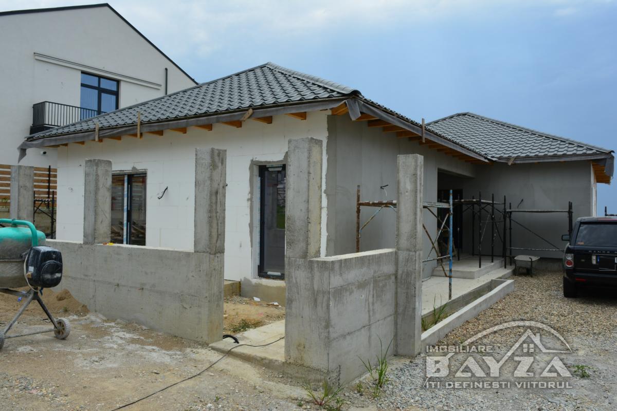 Pret: 129.900 EURO, Vanzare casa 4 camere, zona DruRelax