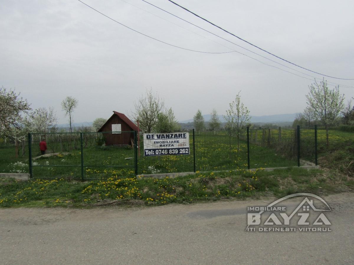 Pret: 1100 EURO, Vanzare teren, zona Coruia