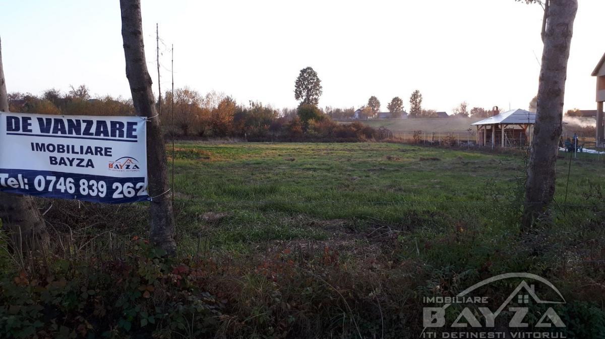 Pret: 19500 EURO, Vanzare teren, zona Lapusel - Strada Morii